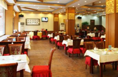 首页 婚宴酒店 天津聚东兴海鲜大酒楼 介绍            无论是宽敞